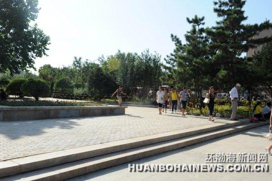 建国路游园改造工程完工