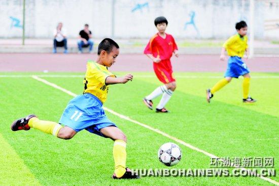 河北省校园足球赛北区决赛在唐山开战(图)