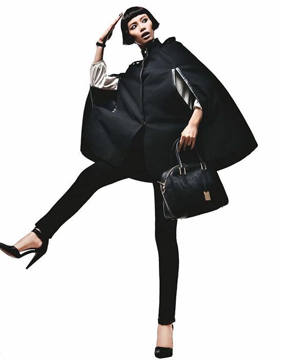 黑色羊毛a形斗篷外套+黑色羊毛铅笔裤
