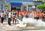 唐山:文化路北新里社区组织志愿者开展公益活动