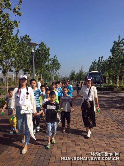唐山福利院儿童乐游动物园(组图)