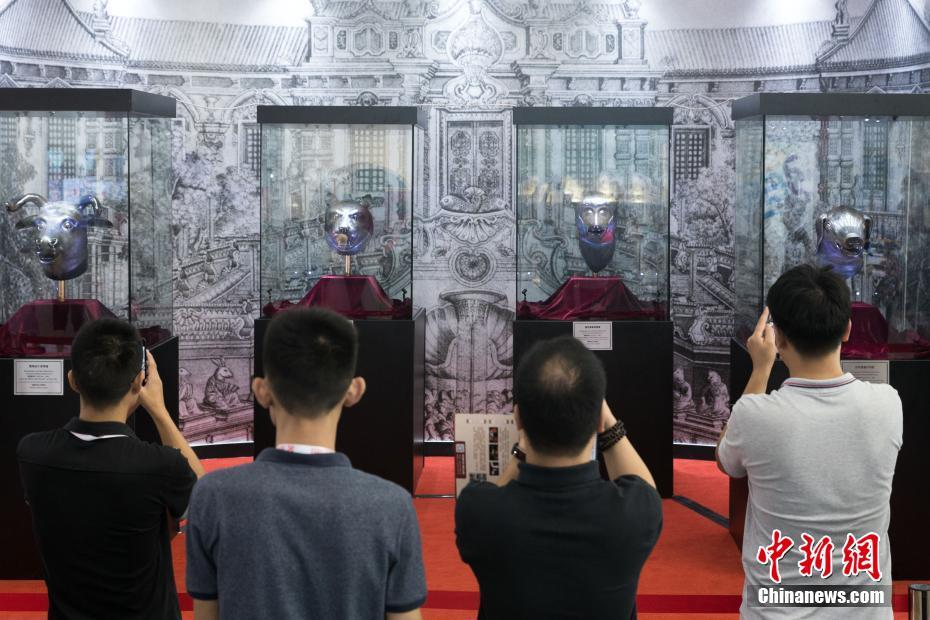 圆明园四大生肖兽首铜像亮相南京