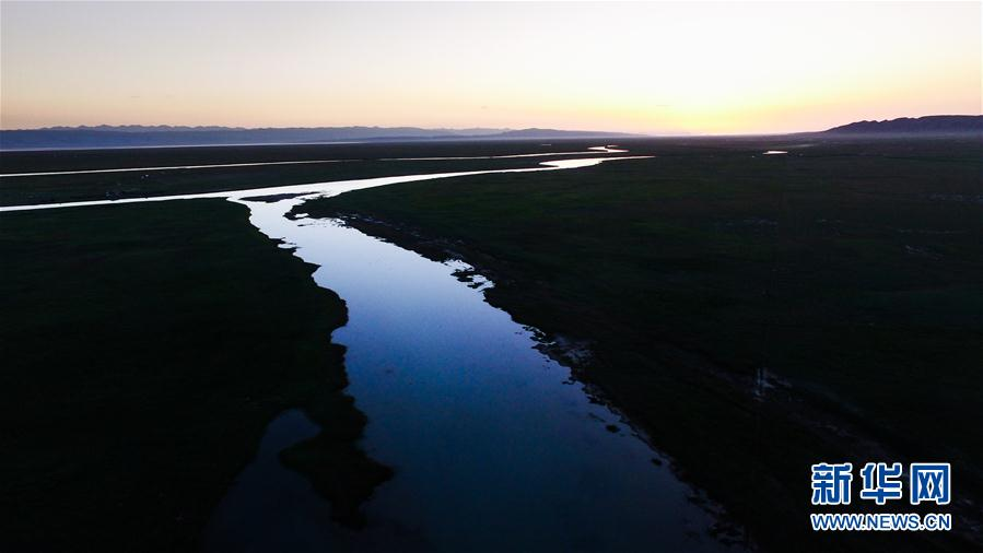 """降水偏多致青海湖水体面积增加了""""7个西湖"""""""
