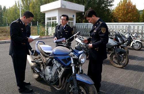 山东济南:一批3C免办摩托车被销毁 单辆最高价值20万元