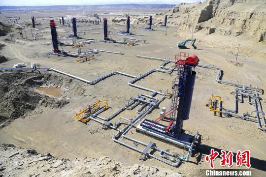 中国首口双水平井SAGD百吨井在新疆克拉玛依诞生