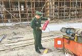 唐山:消防部门全面检查建筑工地清除火患(图)
