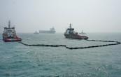 京唐港海域举行溢油应急演习(组图)