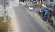 视频|路口两车相撞,路边楼房塌了!交警:你在开飞机?