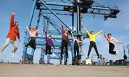 今天,我们用这首MV向唐山的每一位追梦人致敬!