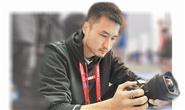 """唐山公益摄像爱好者张辉:""""愿你,和唐山的距离只有半米"""""""