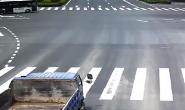 男子骑电动车闯红灯被撞身亡负全责 交警:汽车司机无法预判