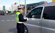 春运期间,河北高速交警严查拼车包车超员载客违法行为!